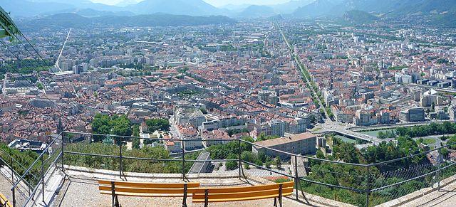 vue splendide depuis la Bastille de grenoble